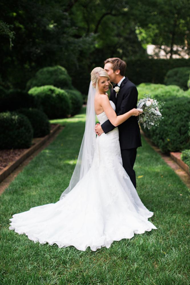 natural_light_wedding_photography_creative.jpg