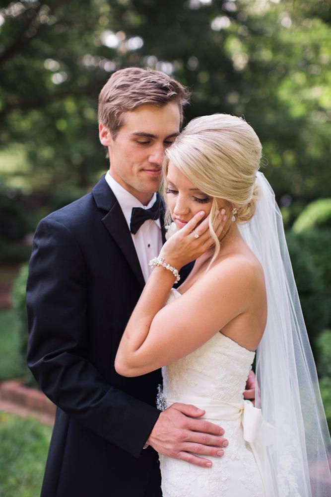 personal_wedding_photographer_authentic.jpg