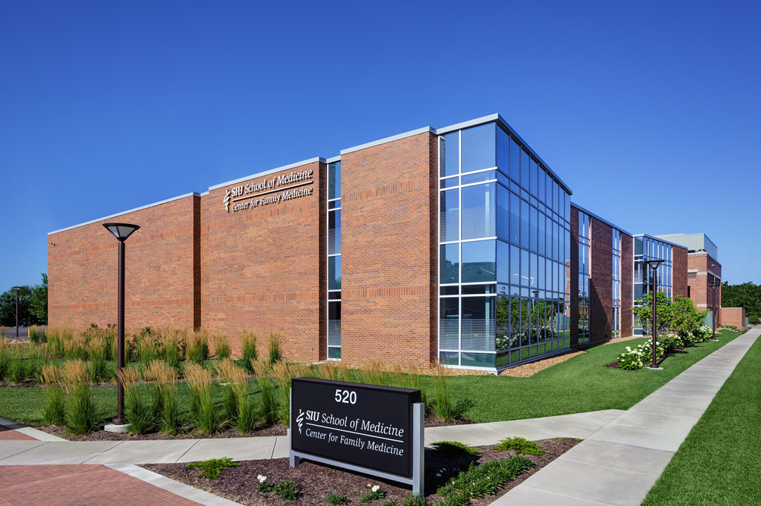 An addition to the SIU Center for Family Medicine at Southern Illinois University School of Medicine in Springfield, Illinois, opened in September 2016.  Photo courtesy of BSA LifeStructures.