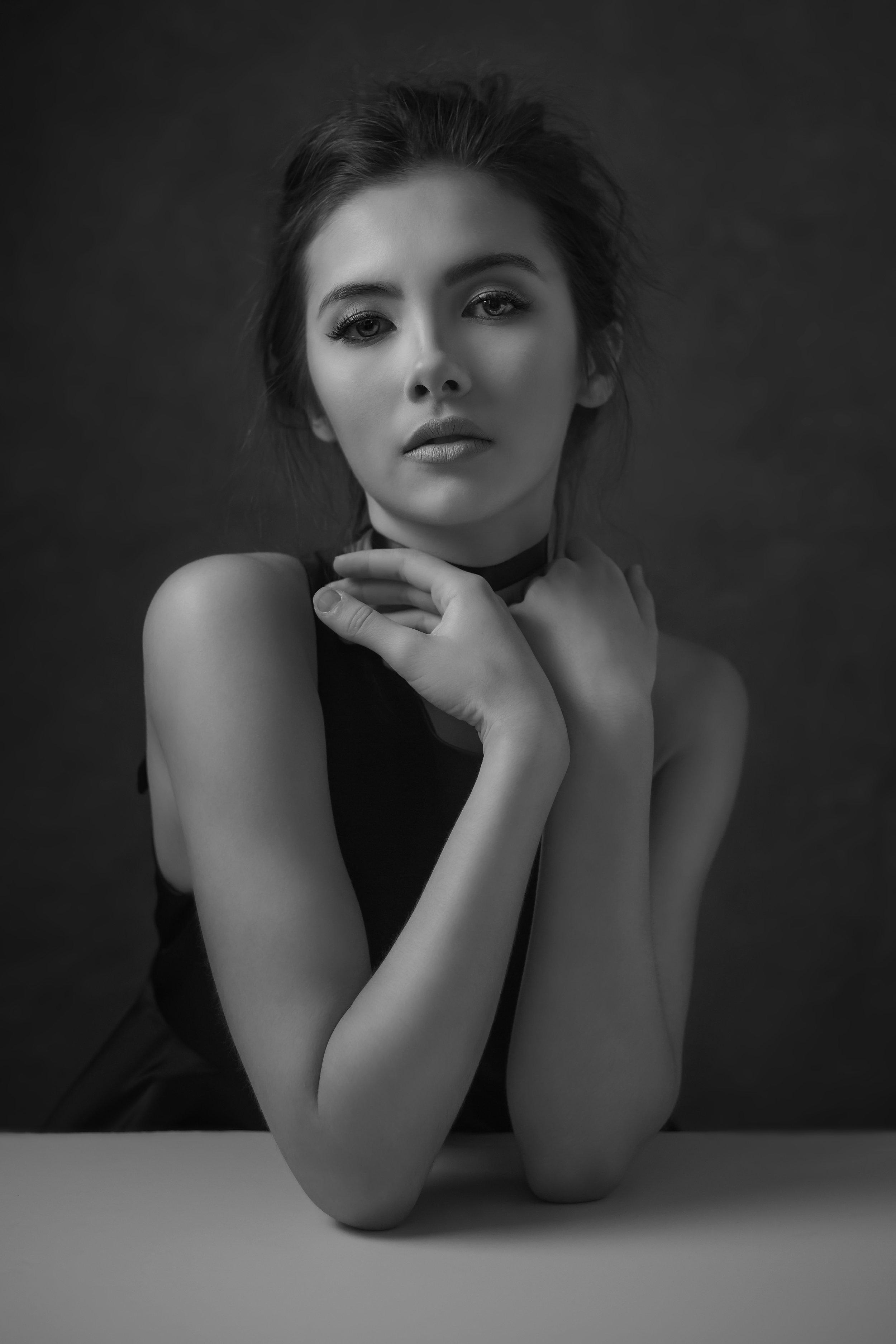 Sophia4B&W_Print.jpg