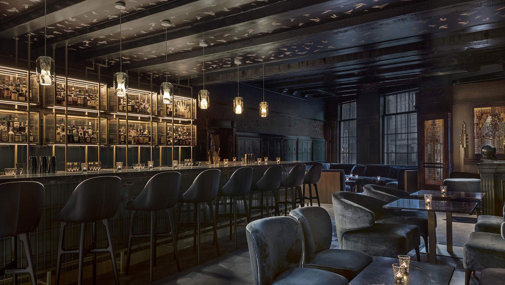 House Bar  Kimpton De Witt