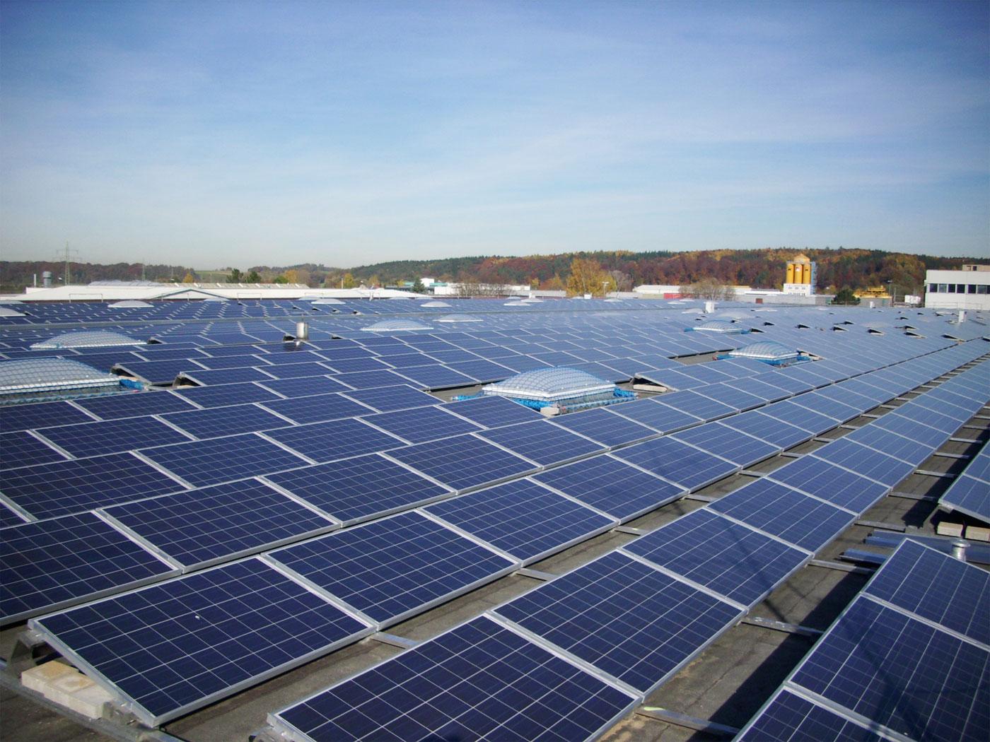 solar-power-panels-e1444478694402.jpg