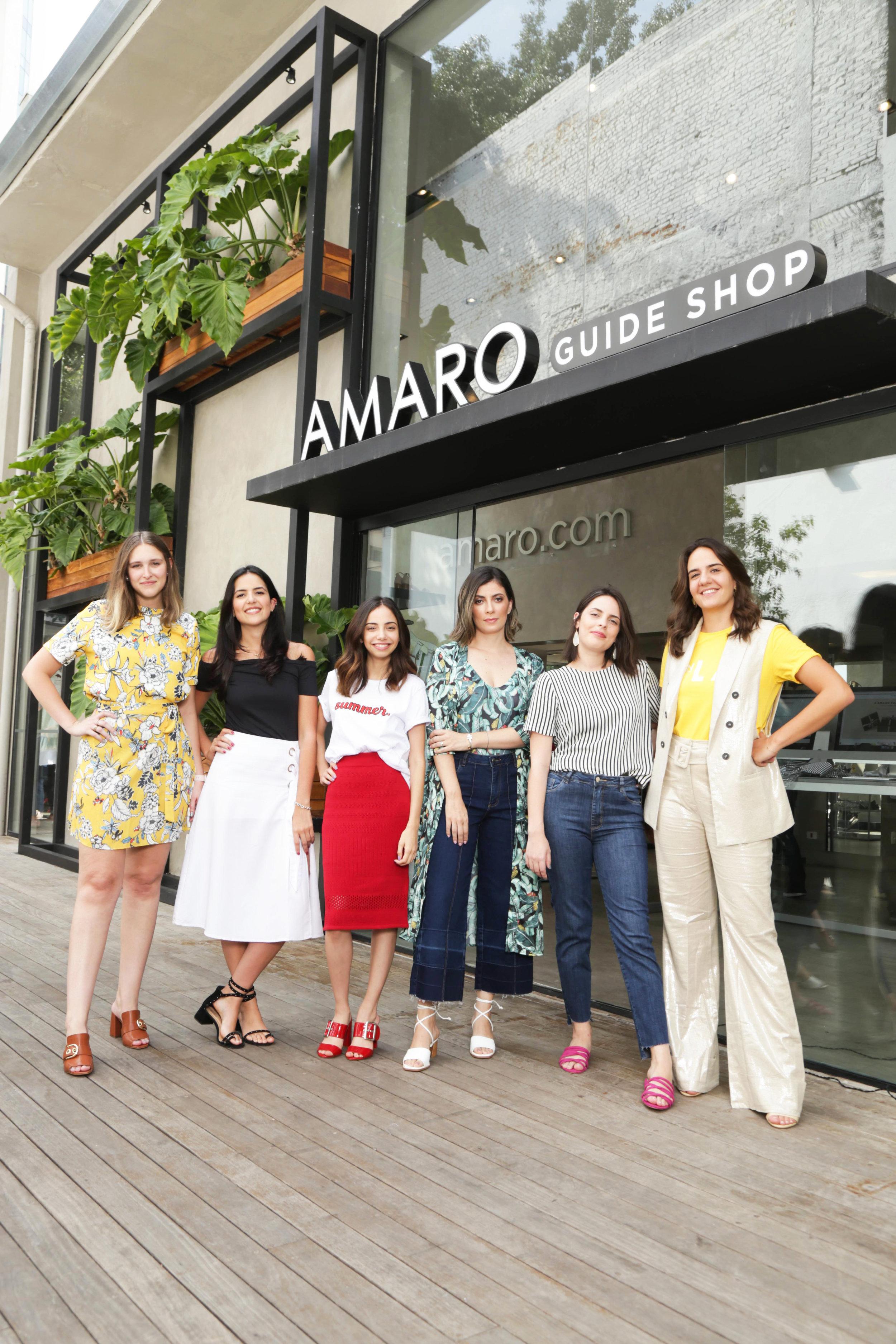 From left to right: Luisa Fleury, Ana Fraia, Giovana Marçon, Camila Rocha, Nathalia Henriques and Fernanda Jacob