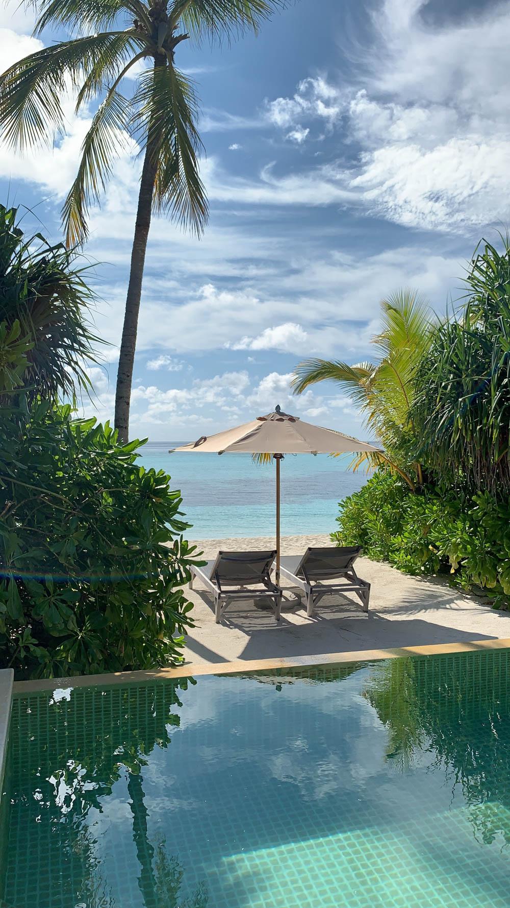Maldives_Resort_Honeymoon_Hurawalhi_MaldivesTravelAdvisor-36.jpg