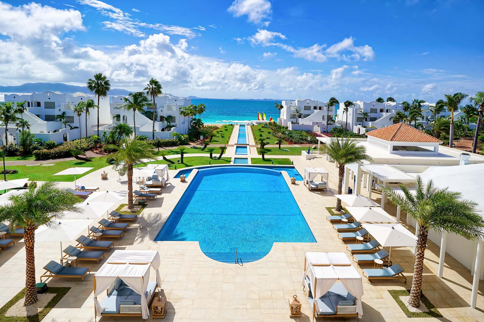 pool-deck1-fp.jpg