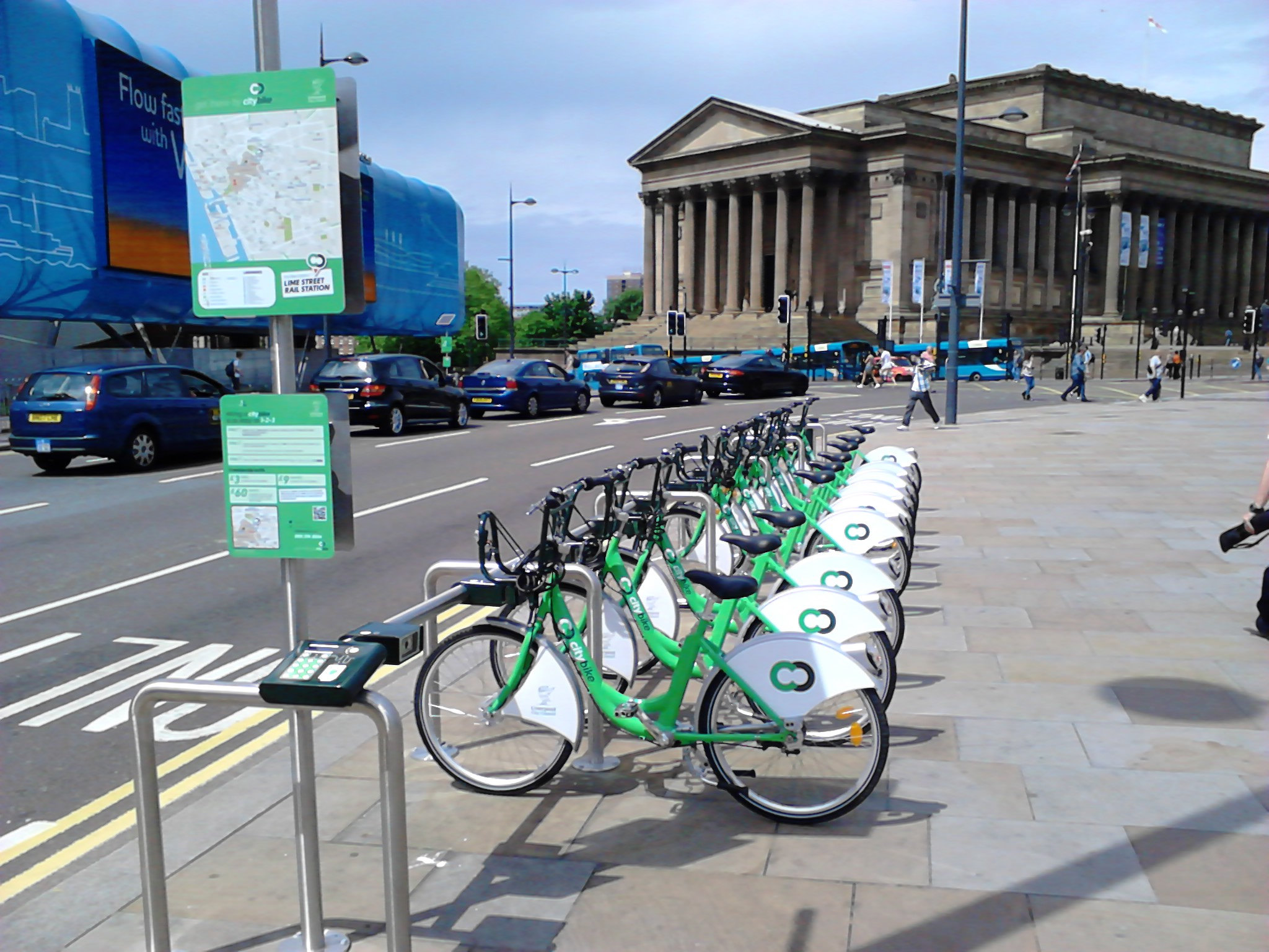 Bike_&_Go_bicycles_on_Lime_Street,_Liverpool_(2).jpg