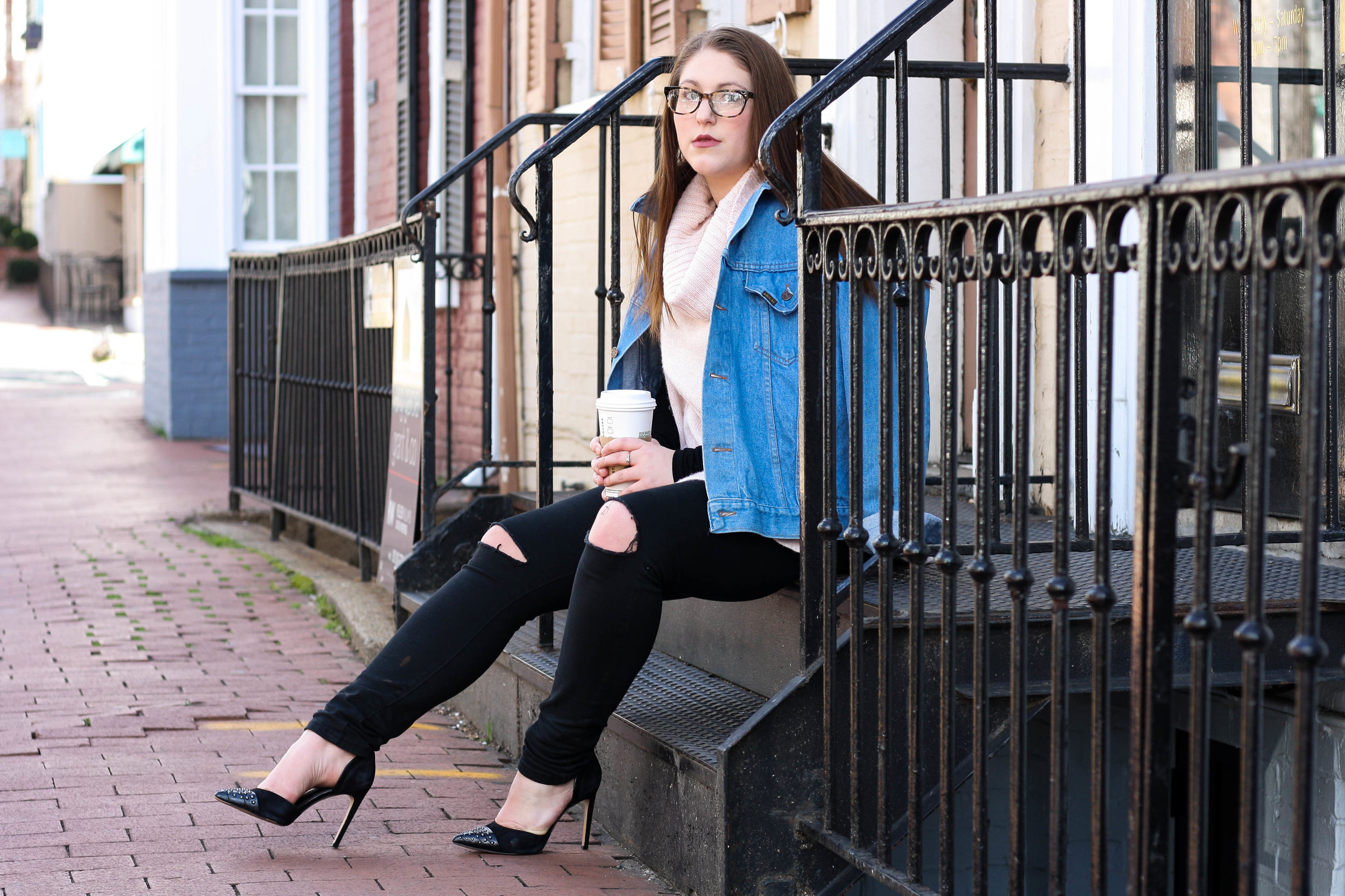 Spent a morning in Georgetown with the super smart and col Taylor of Baltimore-based blog  StylishlyTaylored .  We talked medical science research, strange photo retouching practices, and snapped away while exploring Georgetown.  My Favorites: