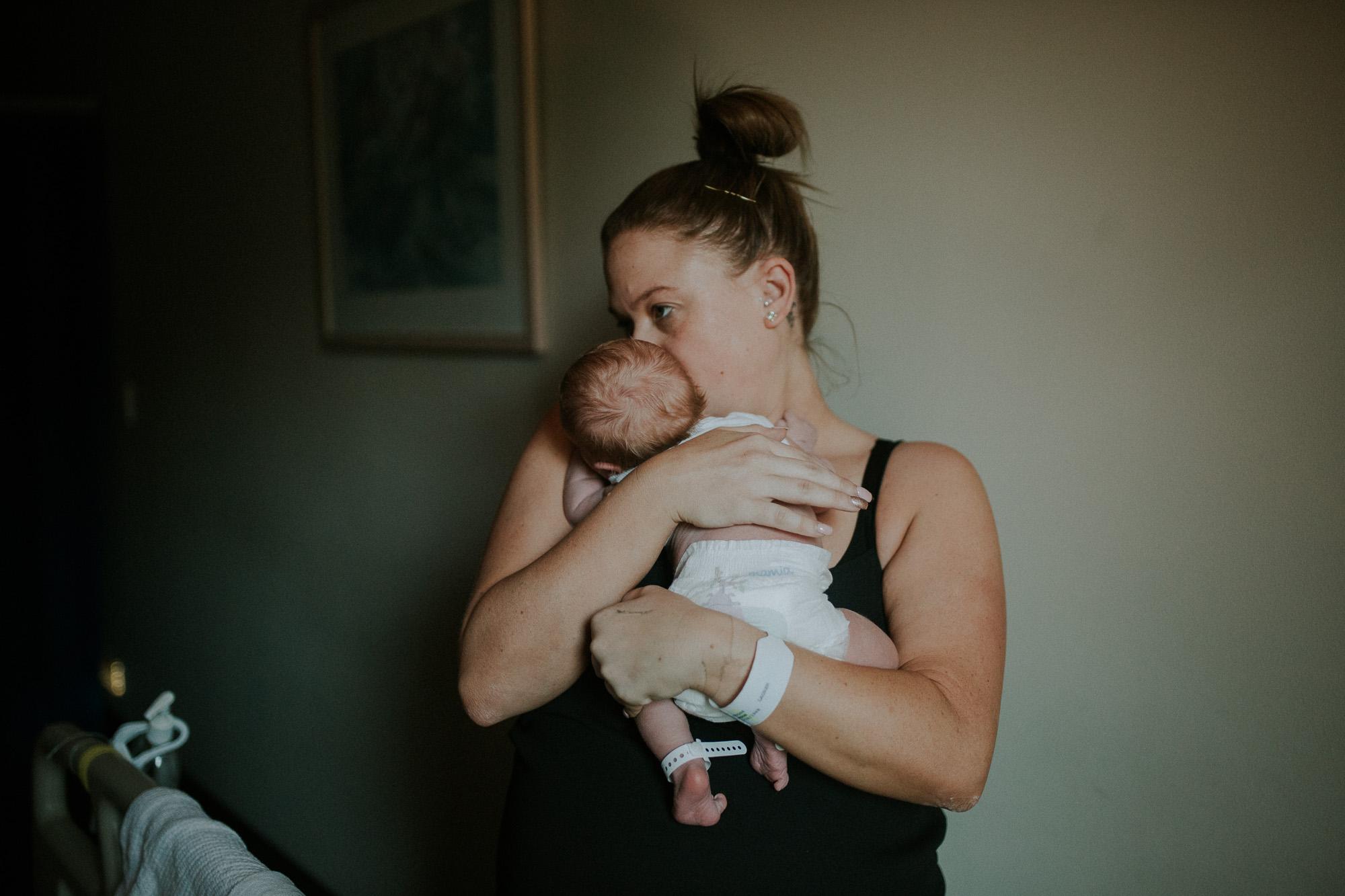 Newborn-Photography-hills-district-27.jpg