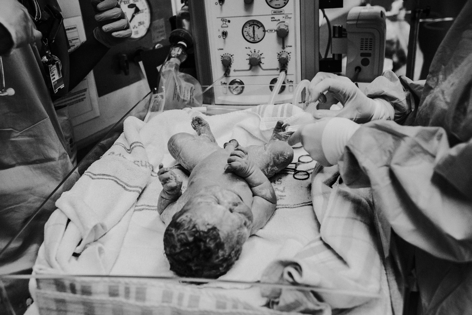 justine-curran-newborn-birth-photography-13.jpg