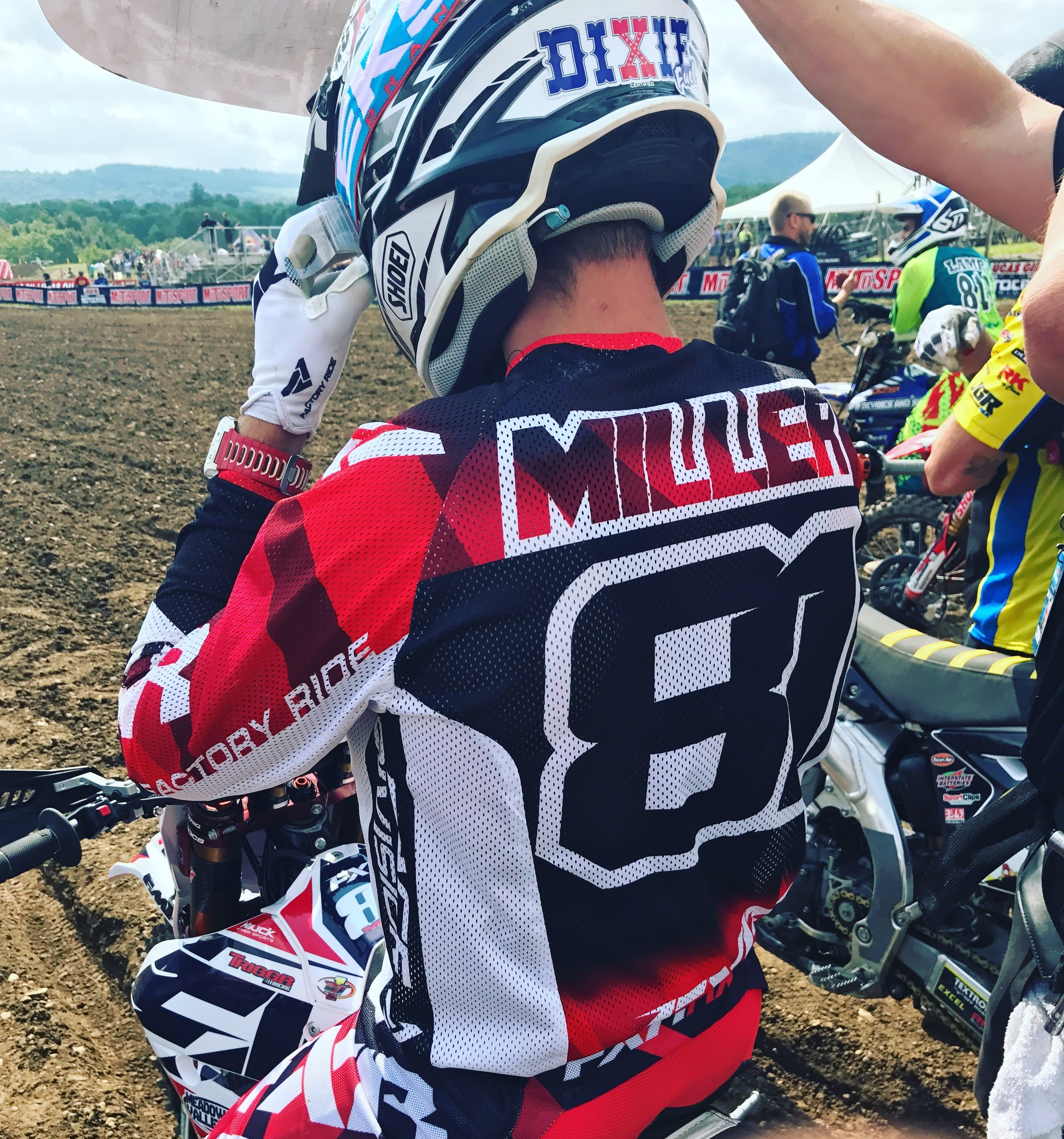 Privateer superstar Henry Miller was looking to have a strong finish at Unadilla and finish the year with a bangHenry and his Triggr Racing team prepped as best they could and were poised to due battle with the worlds best at the famous Unadilla race track.