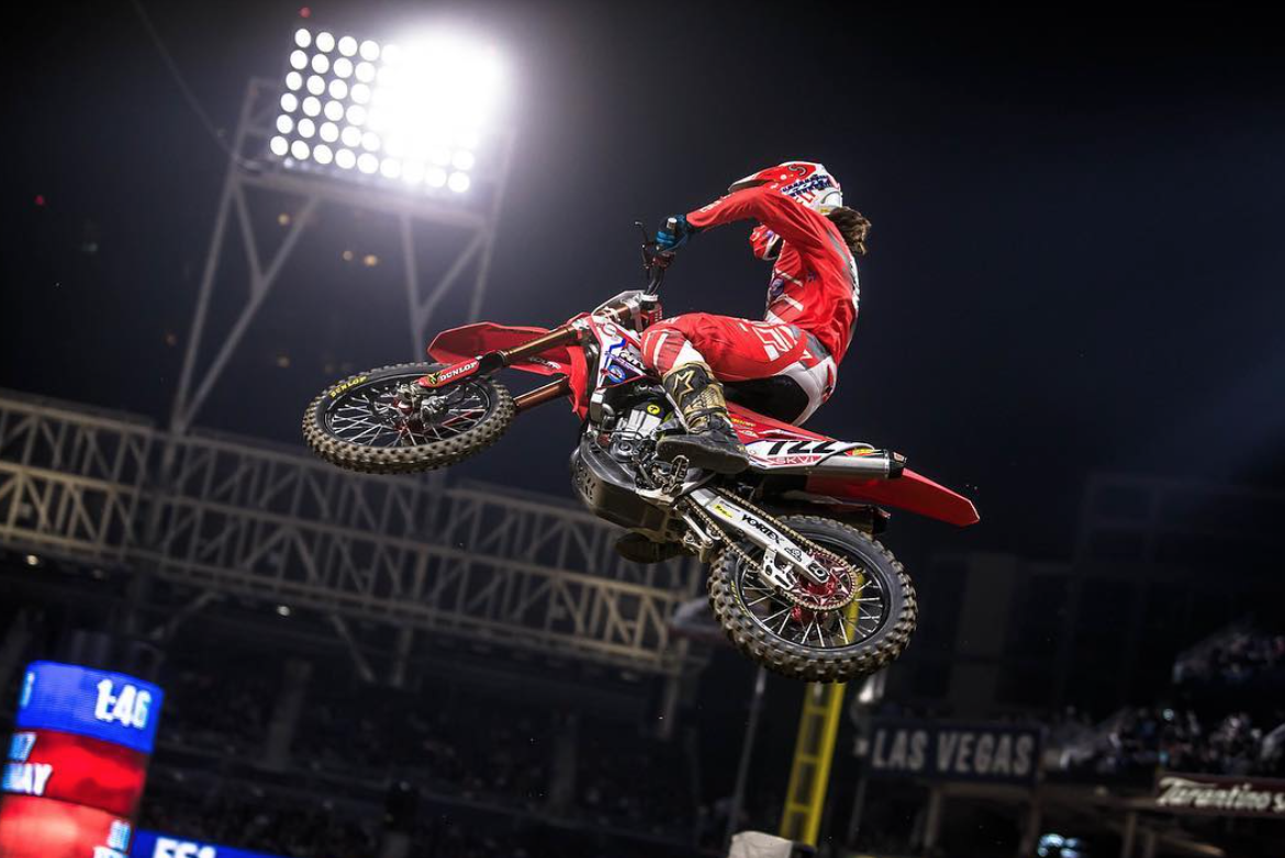 Adam Enticknap has had a huge improvement in his speed in early 2018. Although some of his results did not show it, his speed and overall approach was greatly improved over the previous year and it's only a matter of time before Adam is an even bigger threat on his big Honda 450.