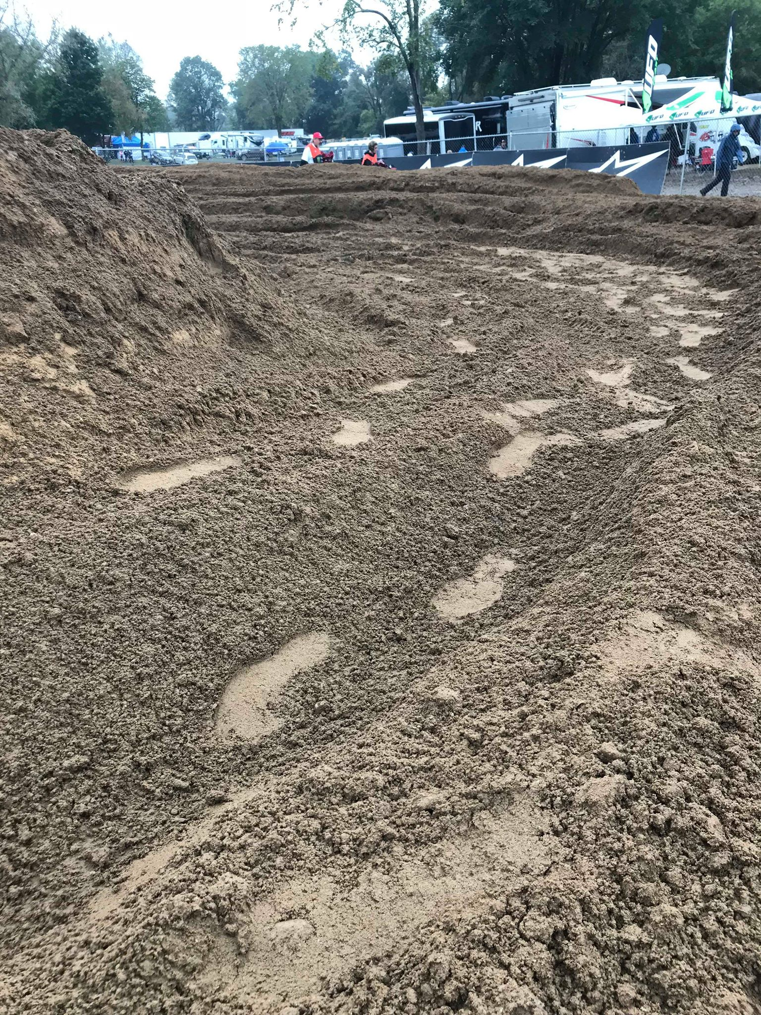 The lines at the Red Bud MXDN were a bit unique compared to a typical MX National. The dirt was a nice mixture of top soil and sand which held up well against the elements and created many lines prime for railing.