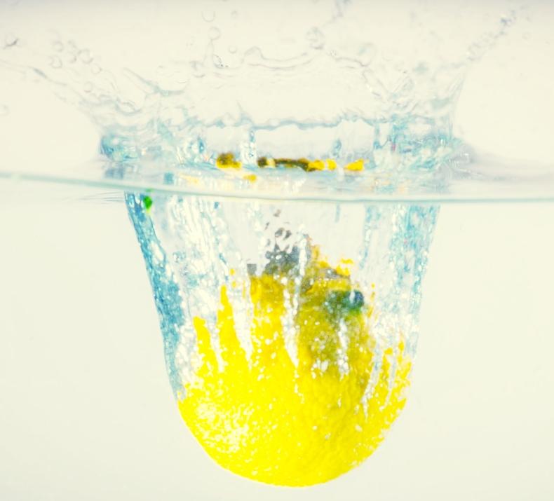 lemon 14 day detox signature sadhana.jpg