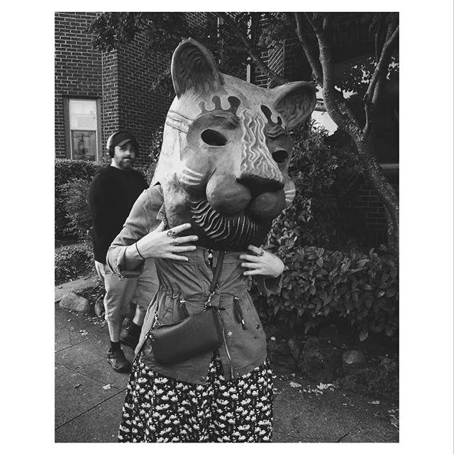 kitty. ⠀⠀⠀⠀⠀⠀⠀⠀⠀ ⠀⠀⠀⠀⠀⠀⠀⠀⠀ #fabulabonaest #masks