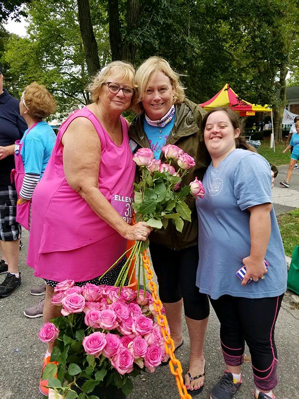 2018 Ellens Run roses for survivors 72dpi-800h.jpg