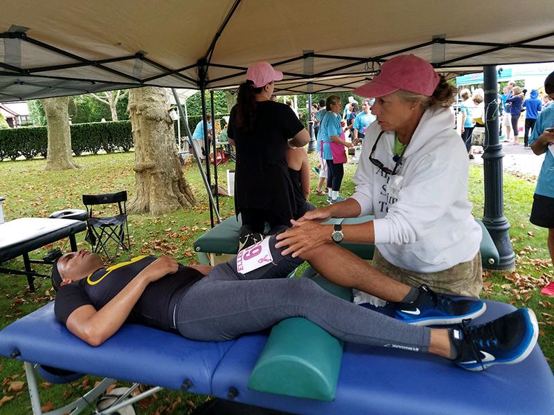 2018 Ellens Run post-run massages 72dpi-800w.jpg
