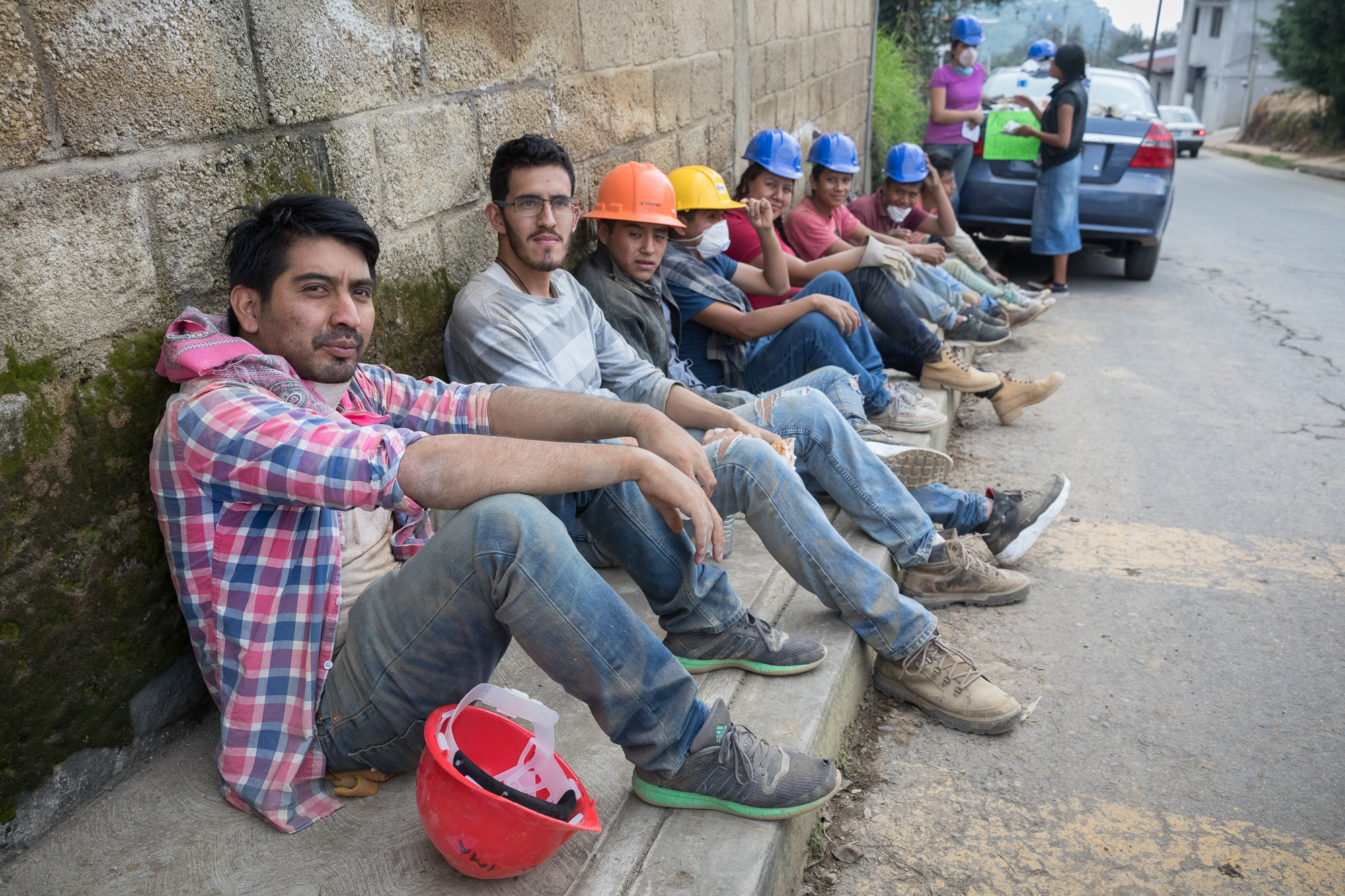 Volunteers take a break after many hours of removing rubble from impacted households in Hueyapan Morelos. PHOTO: Francisco Alcala Torreslanda