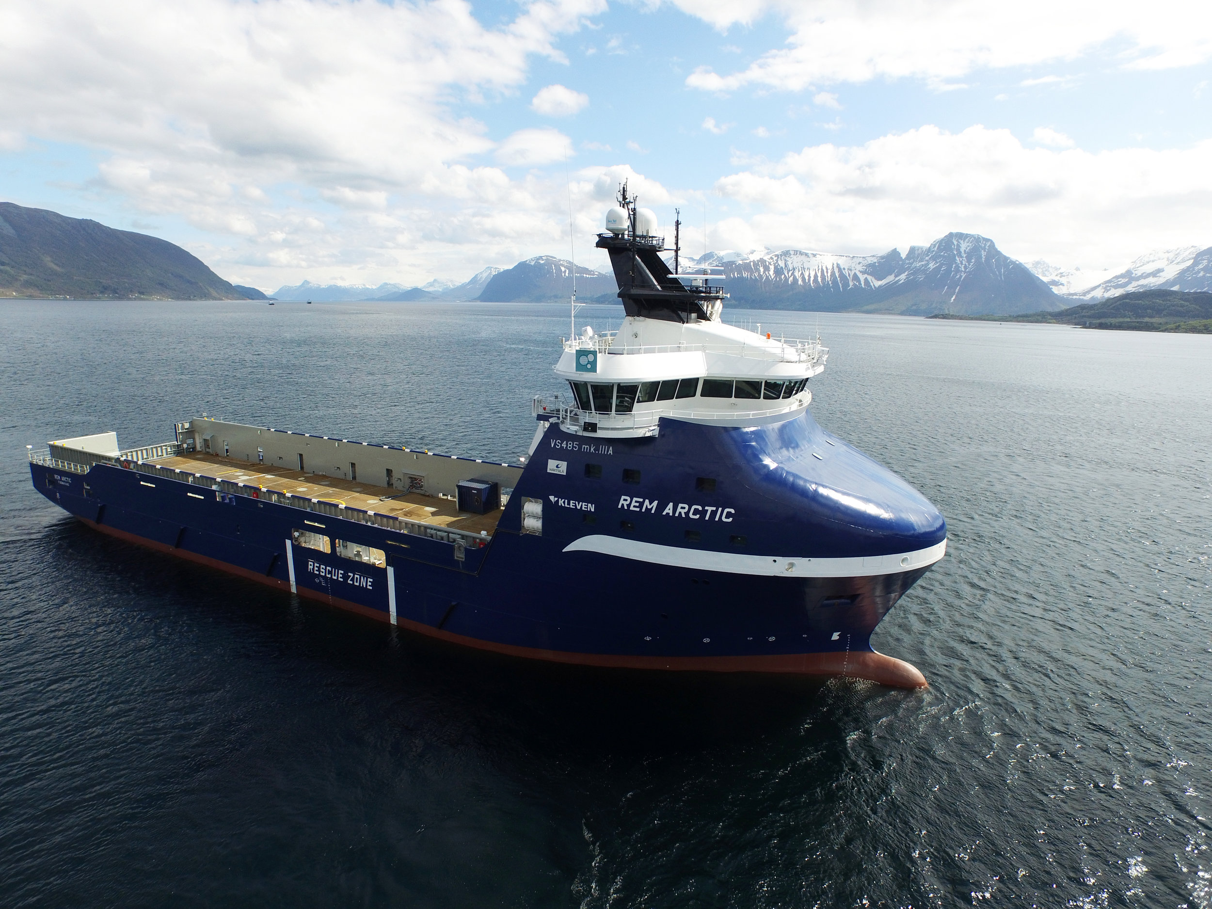 Rem Arctic on sea trials, May 2015  Photo: www.uavpic.com