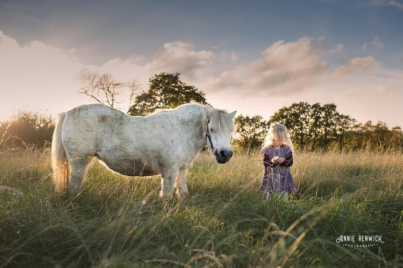 girl pony photo session dartmoor devon