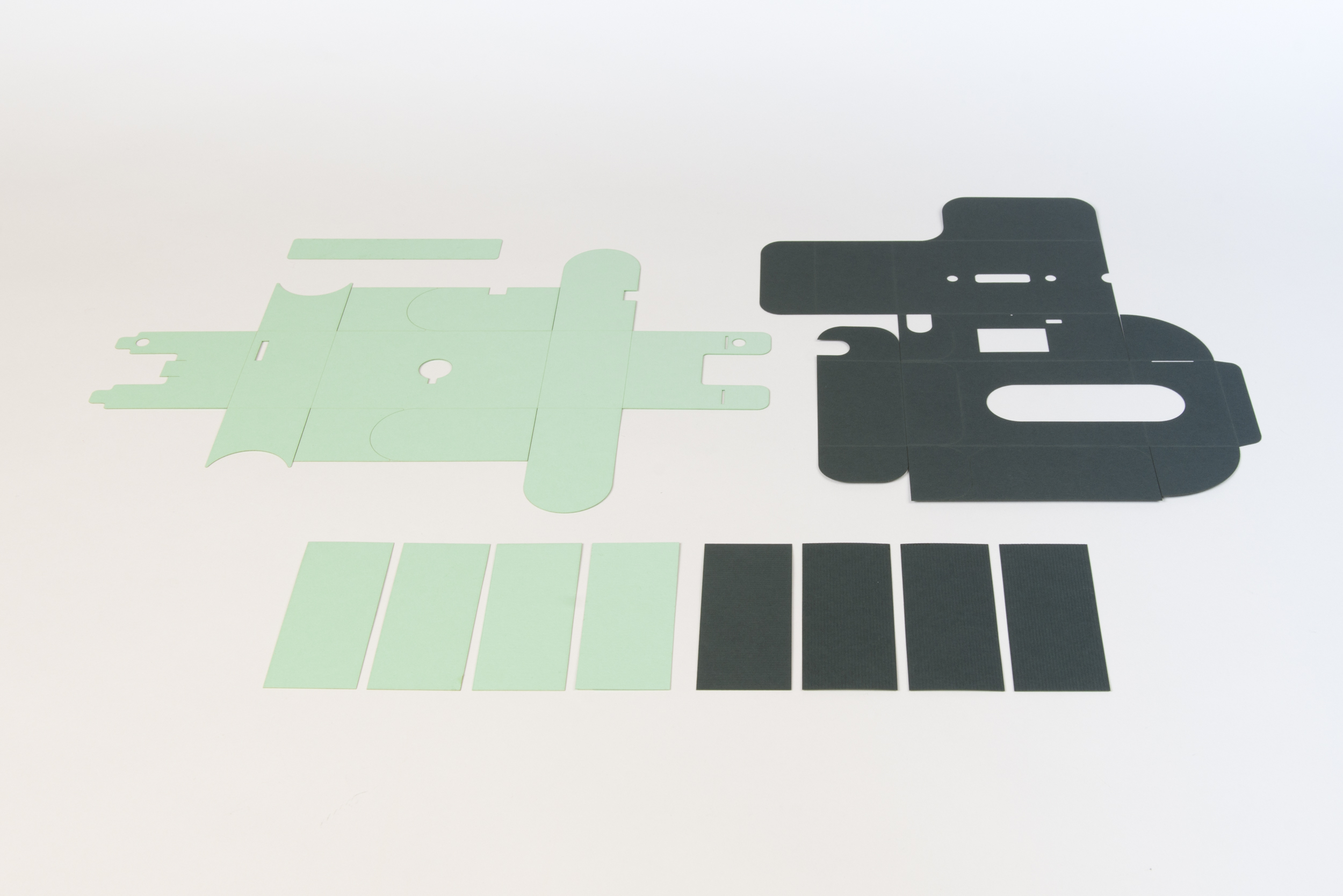 Step 1  Lasercut or cut by hand the paper components