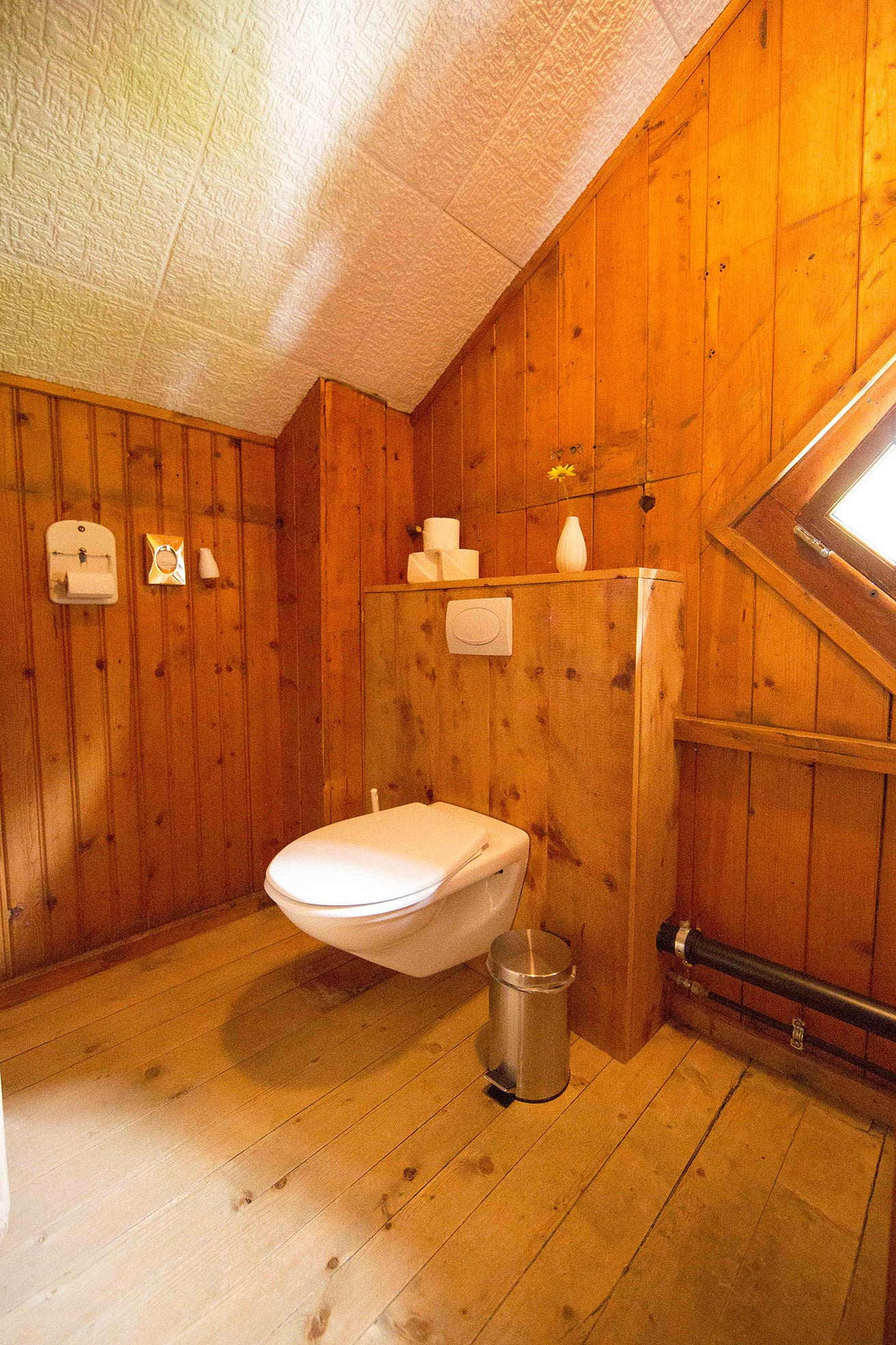 lejdastaz-wc-gemeinschaft.jpg