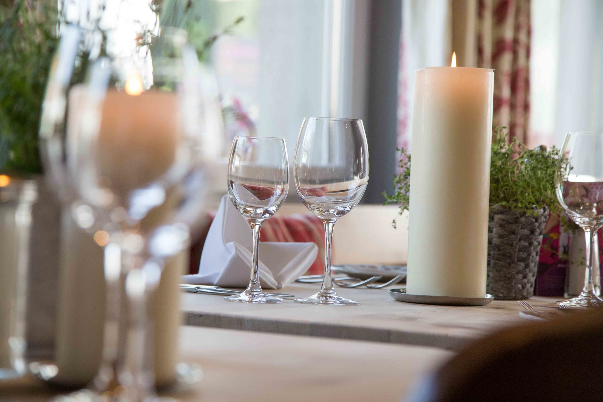 lejdastaz-restorant-mood.jpg