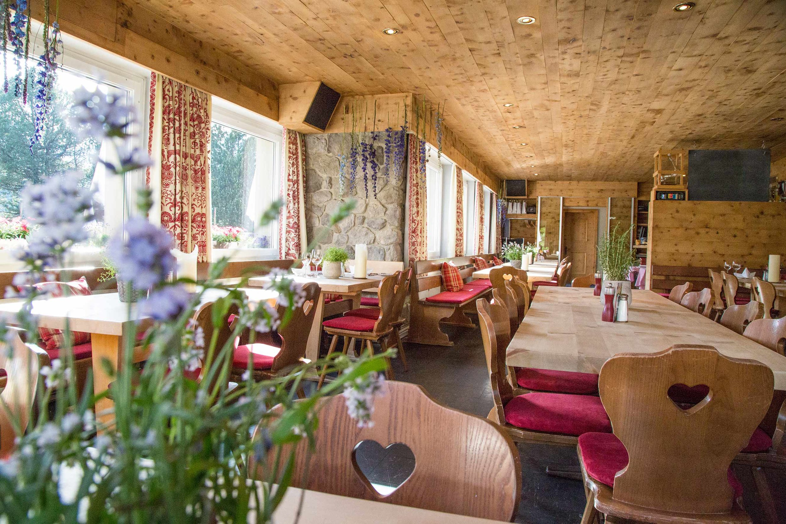 lejdastaz-restorant-am-tag.jpg