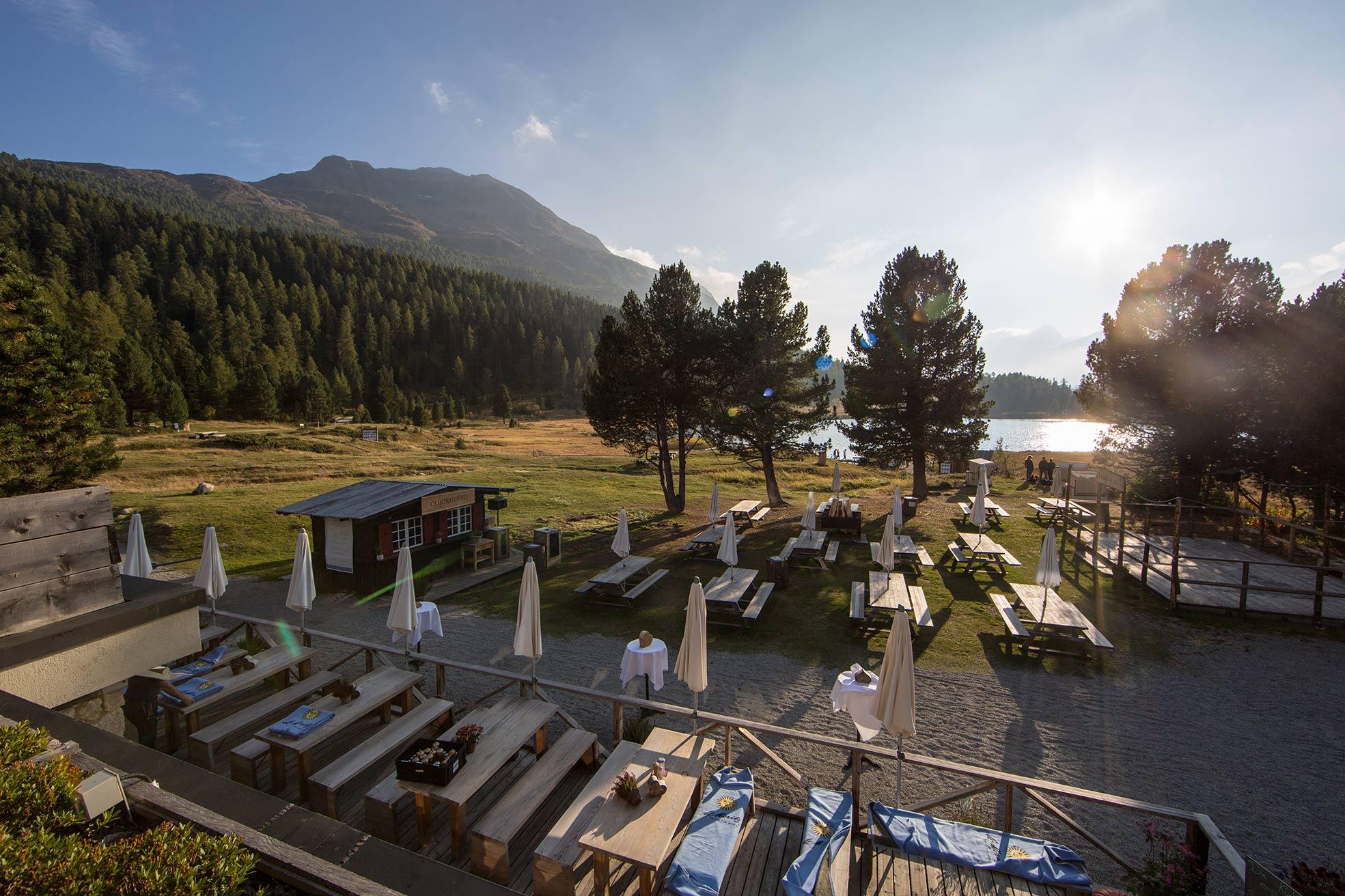 lejdastaz-aussicht-club-terrasse.jpg