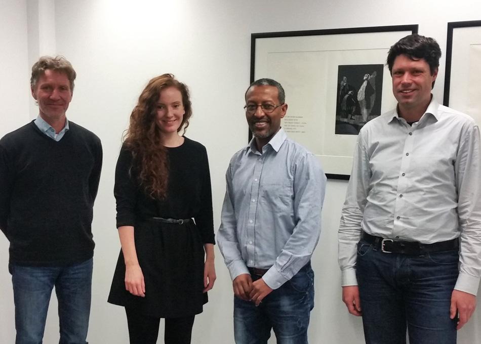 Fra oppstartsmøtet med Forskningsrådet. Fra venstre:Arve Heistad (NMBU), Siri H. Haaland (Forskningsrådet), Melesse Eshetu (Ecomotive) og Danielt Todt (Ecomotive).
