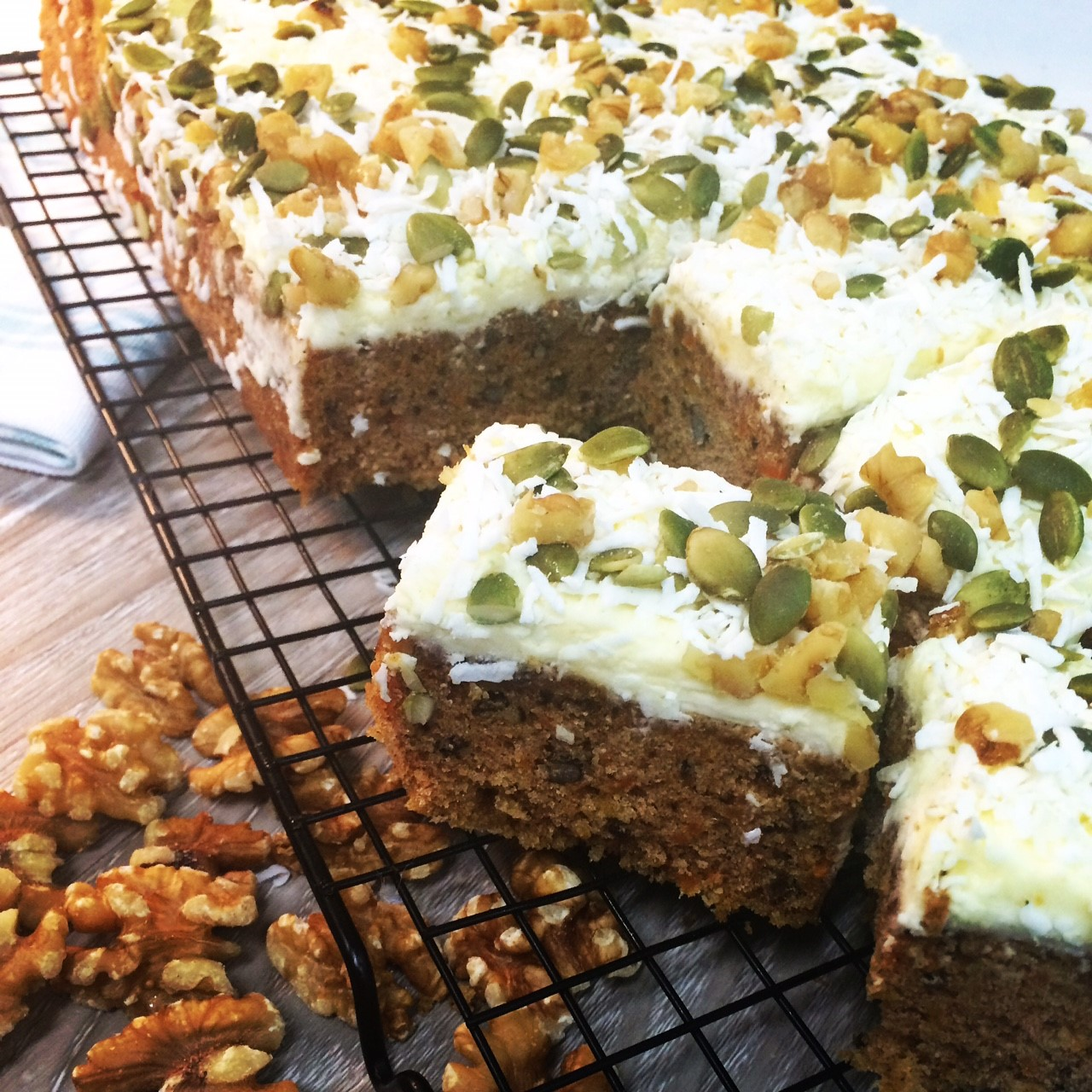 Carrot Cake with Cream Cheese Frosting    Cafe/Deli -Wholesale size 18pcs or Uncut