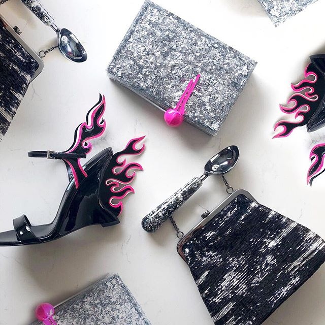 You can never go wrong with monochrome and a touch of neon 💥 . . #lalingigirl #statementclutch #clutches #designerbags #designerfashion #pradaflame #glitterclutch #fashionphotography #shoponline #luxurybags #luxuryfashion #bespokefashion #lebanesedesigner #londondesigner #emergingdesigner #artdirection