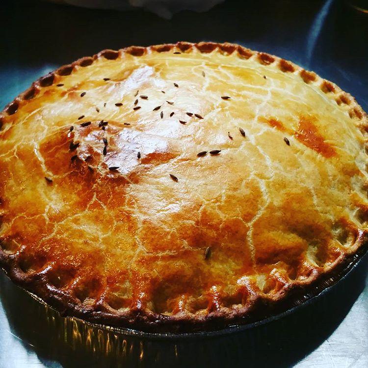 Meat & Mash Pie