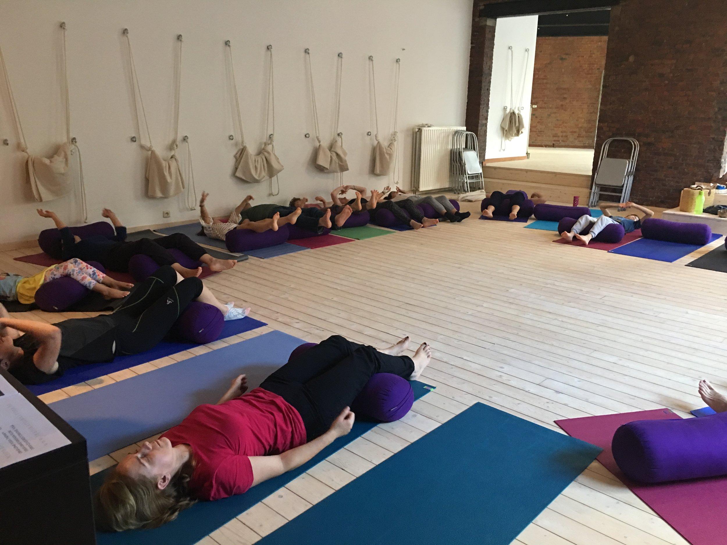 family yoga3.JPG