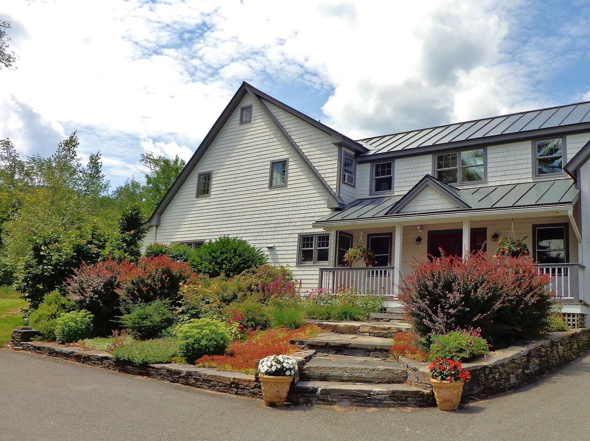 The Pond House: An approach worth buying?