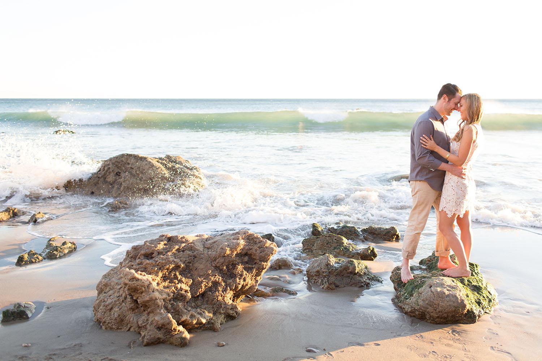 el-matador-beach-engagement-109e.jpg