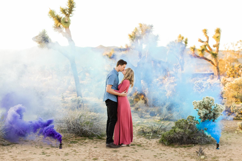 thevondys.com | Joshua Tree Engagement | Smoke Bomb Wedding Photography | The Vondys