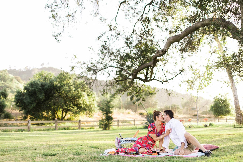 thevondys.com | Picnic Engagement | Los Angeles Wedding Photographer | The Vondys