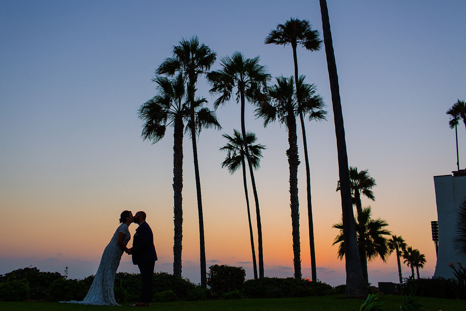 thevondys.com | Ole Hanson Beach Club | San Clemente Wedding Photographer | The Vondys