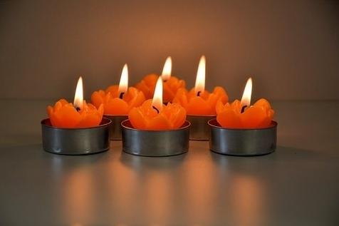 website multiple candles-314483__340.jpg