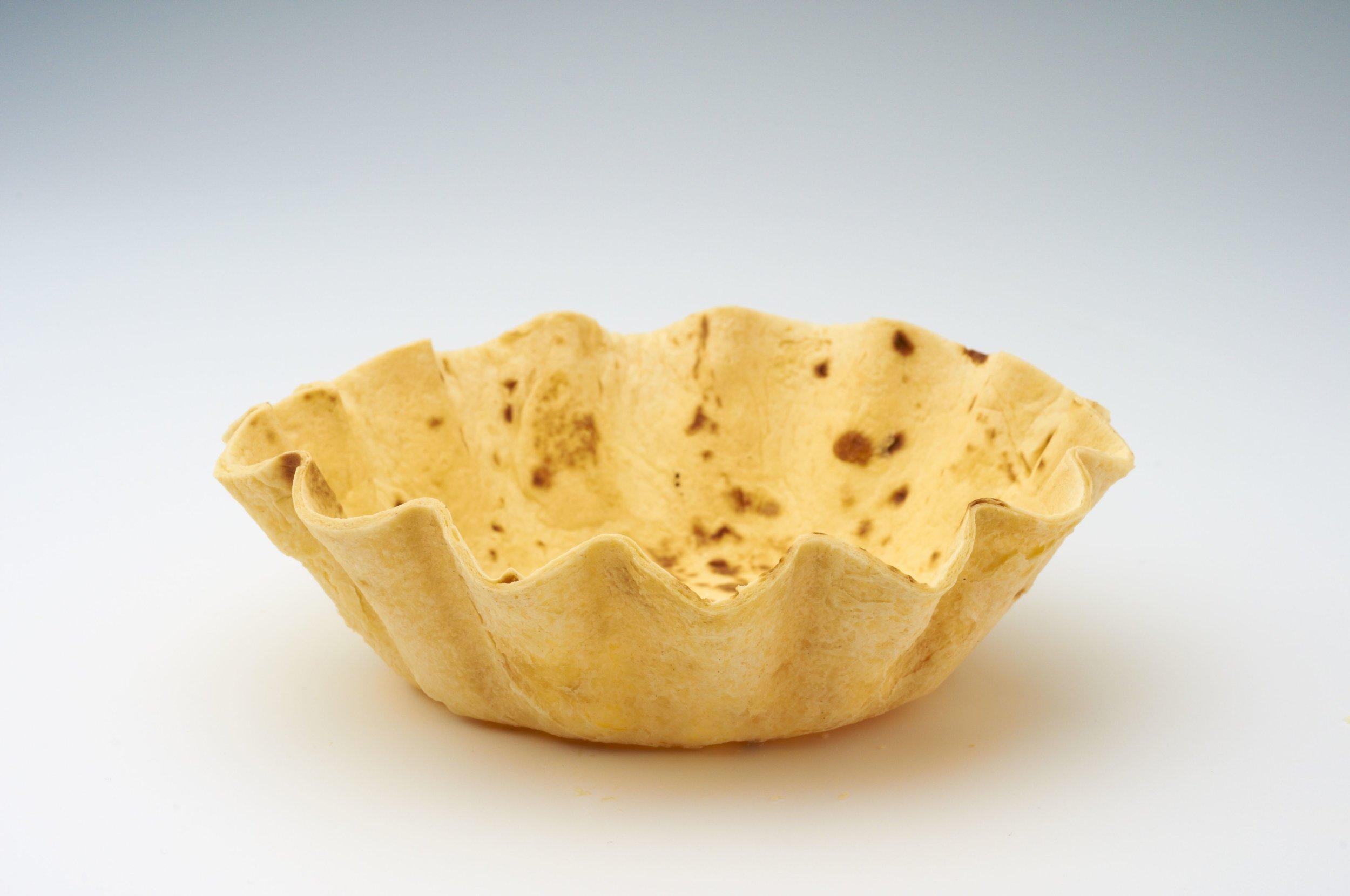 "5 "" Tortilla Basket Flutted  Product code - FF4050 Dimensions - 13.2 x 3.8 cm 48 units per box"