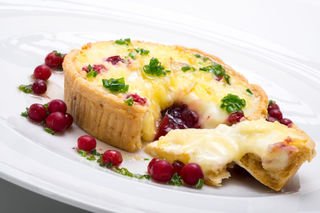 """Somerset Brie & Wild Cranberry Tart on  4"""" Short Cheese pastry   Product code - FF5240Shlw"""