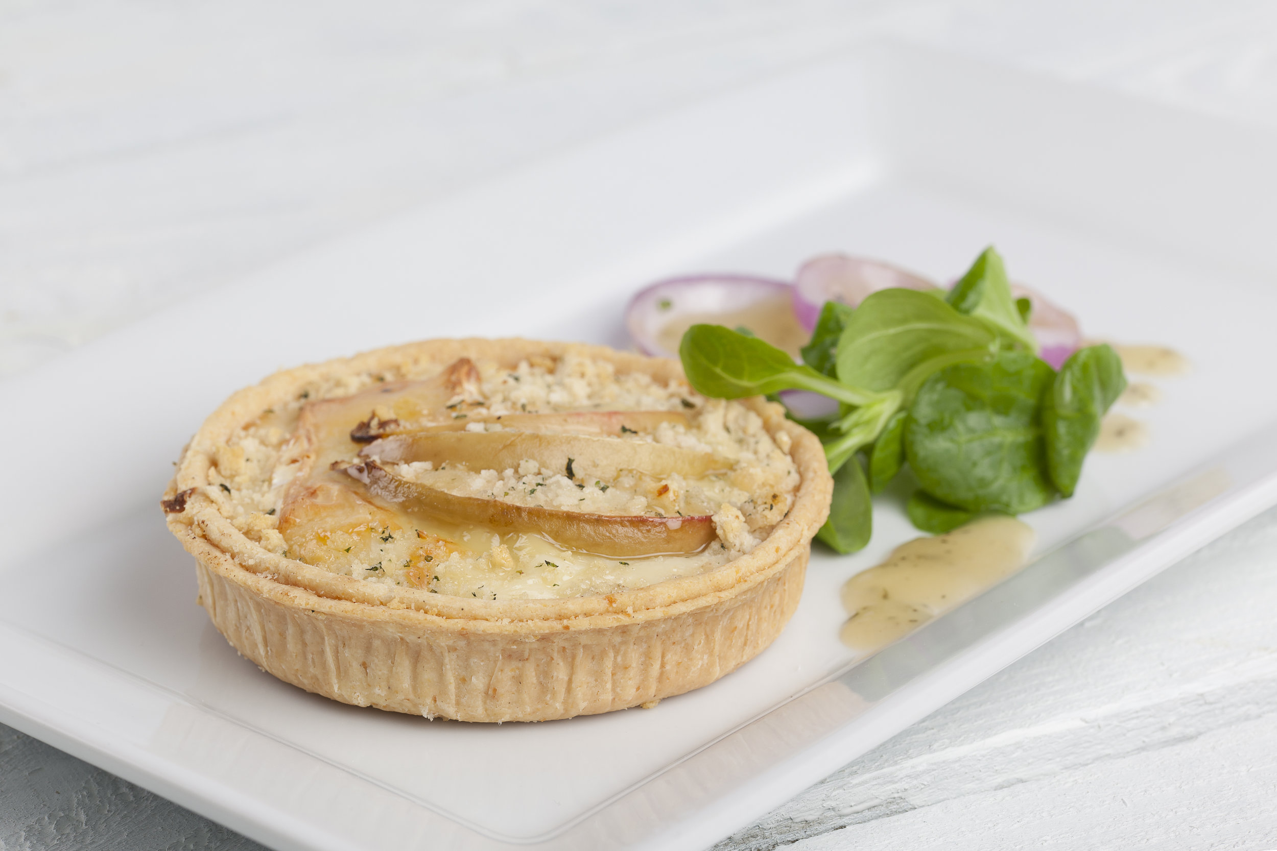 """Somerset Brie and West Country Cider Apple Chutney Tar on  4"""" Short Plain Pastry   Product code – FF5040shlw"""