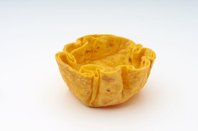 """1 """" Tomato Tortilla Deluxe  Product code - FF4111 Dimensions - 4.2 x 1.8 cm 360 units per box"""