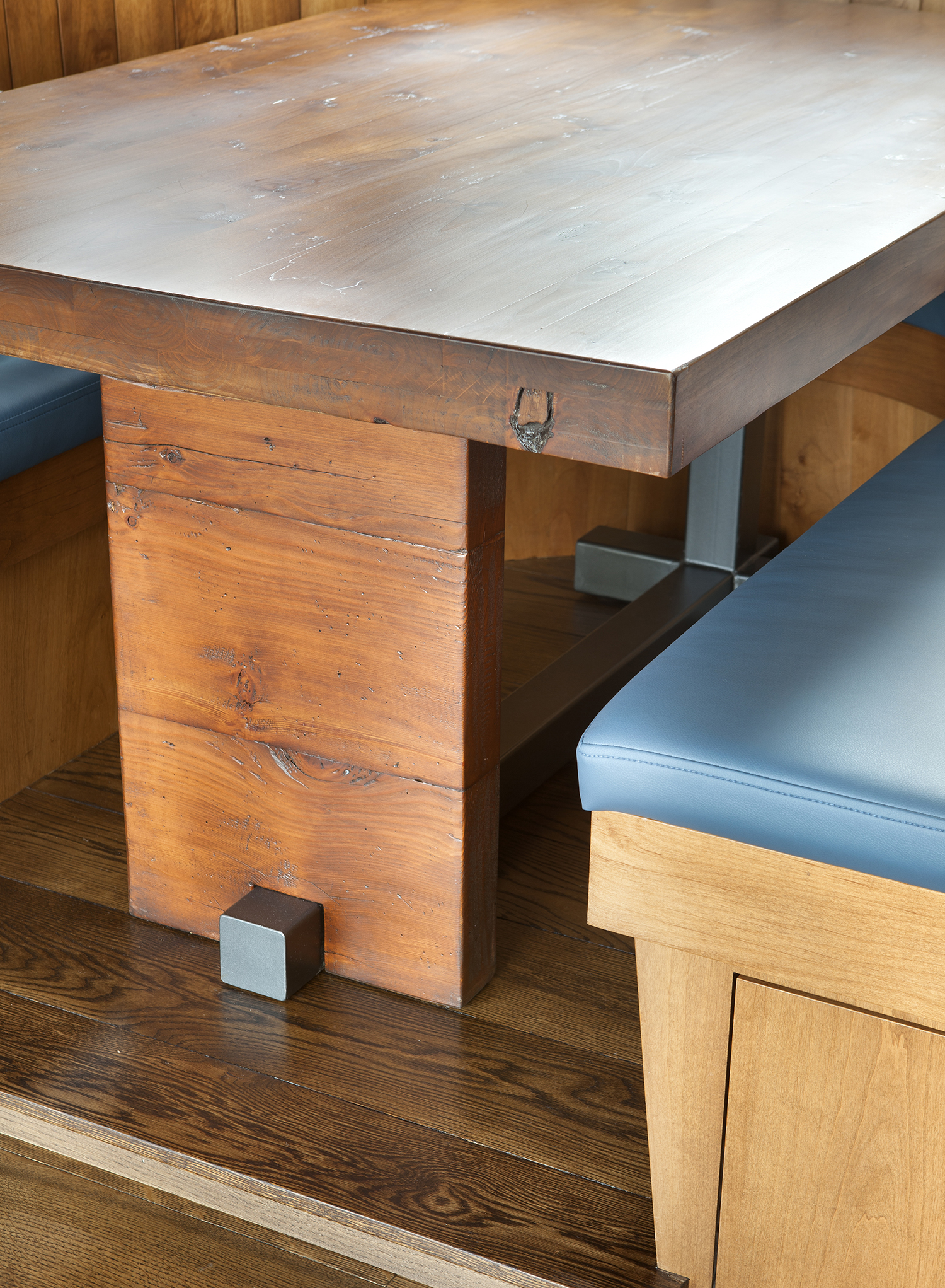 Lot 483_Breakfast Nook_Custom Table Detail.jpg