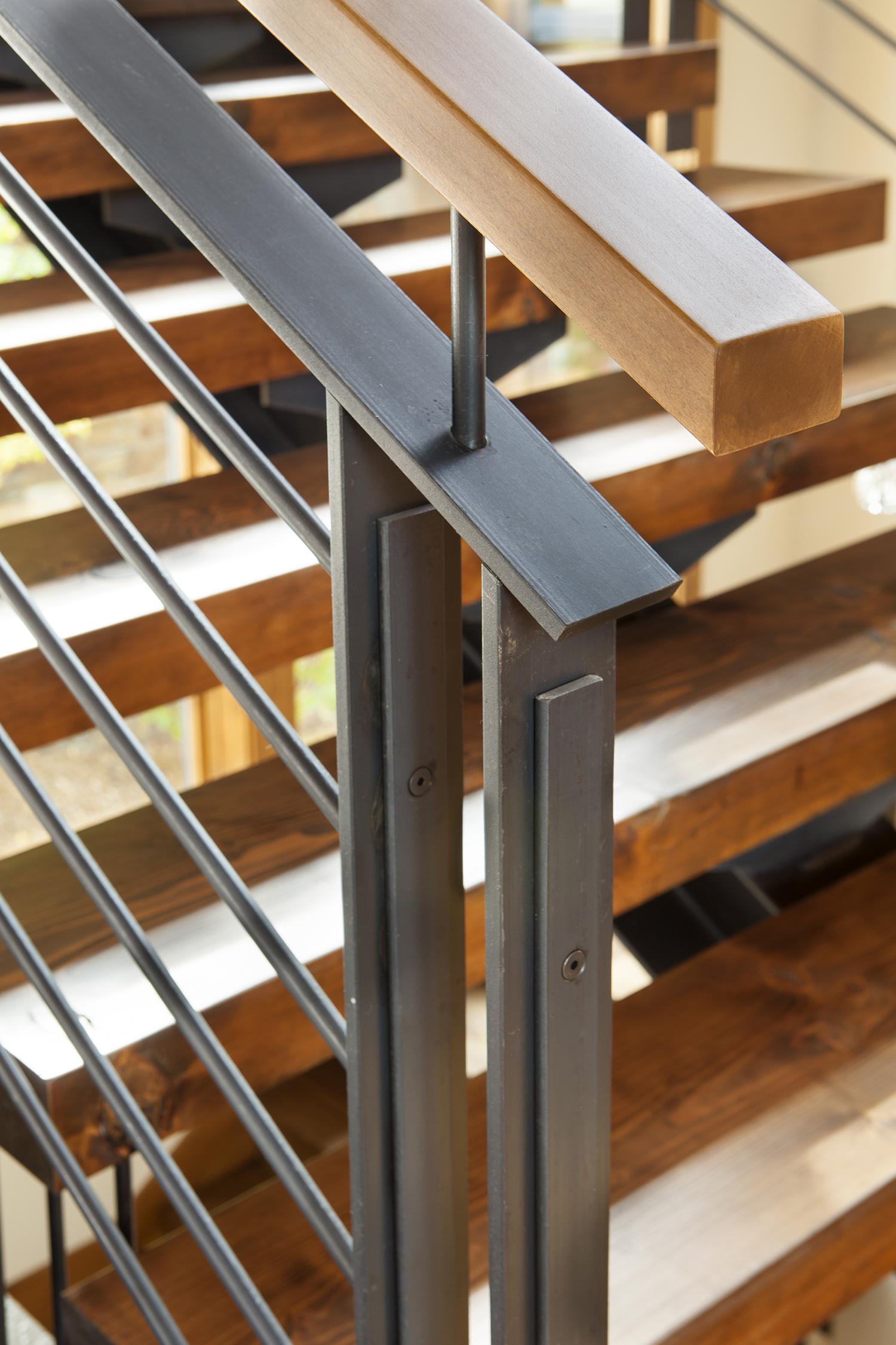 Lot 483_Staircase_Handrail Detail.jpg