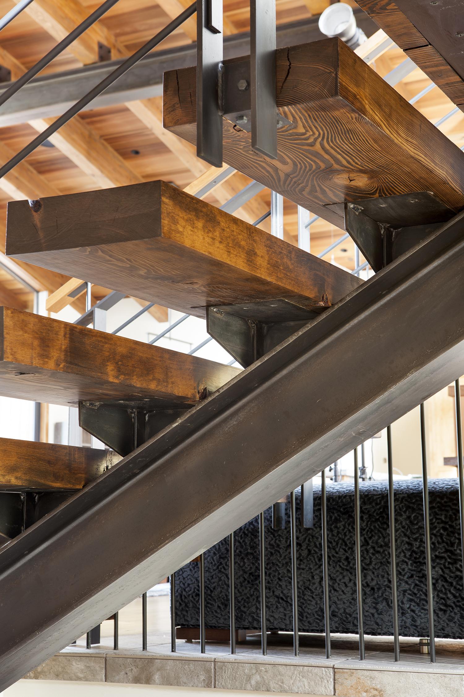 Lot 483_Staircase_Step Detail_Custom Ornamental Metal.jpg