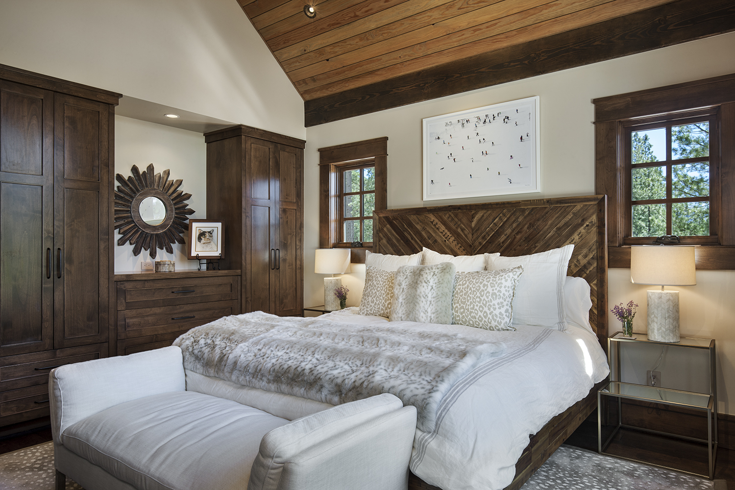 Lot 640_Guest Master Bedroom_Custom Cabinetry.jpg