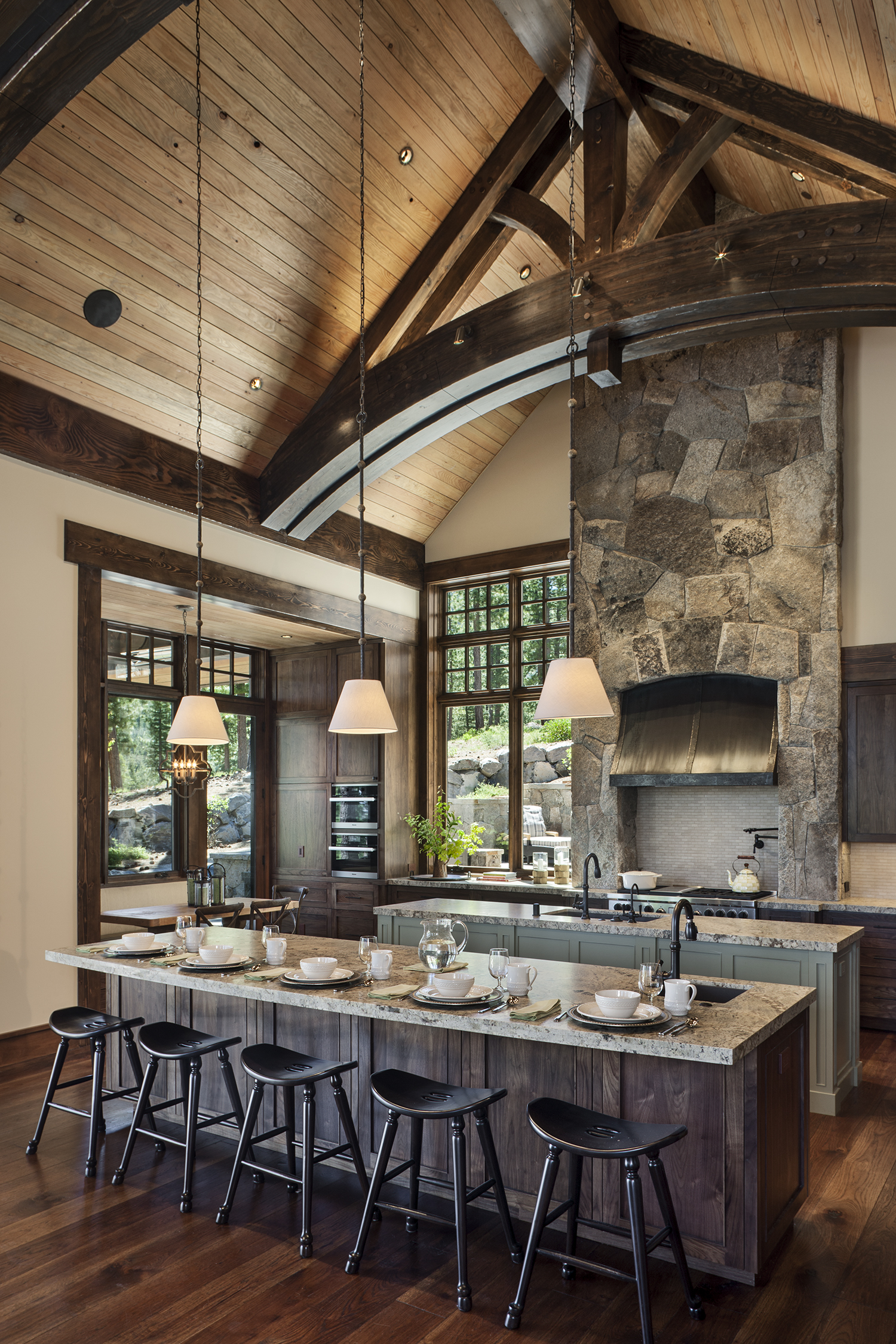 Lot 640_Kitchen_Island_Arched Trusses_Masonry.jpg