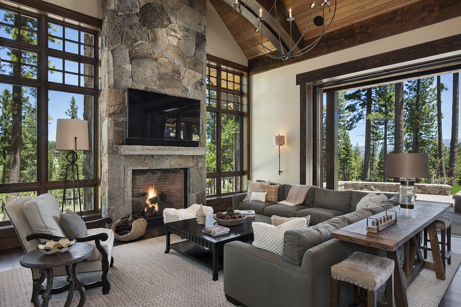 Lot 640_Living Room_Fireplace_Masonry_Weilands.jpg
