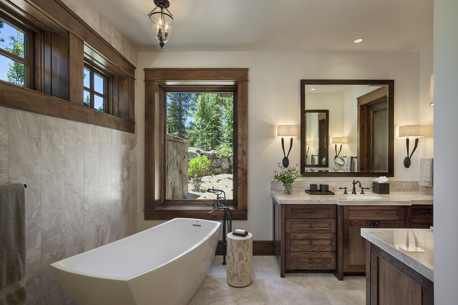 Lot 640_Master Bath_Tub_Tile_Windows_Custom Vanity.jpg